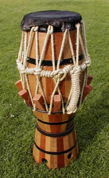 vieil instrument de musique a corde